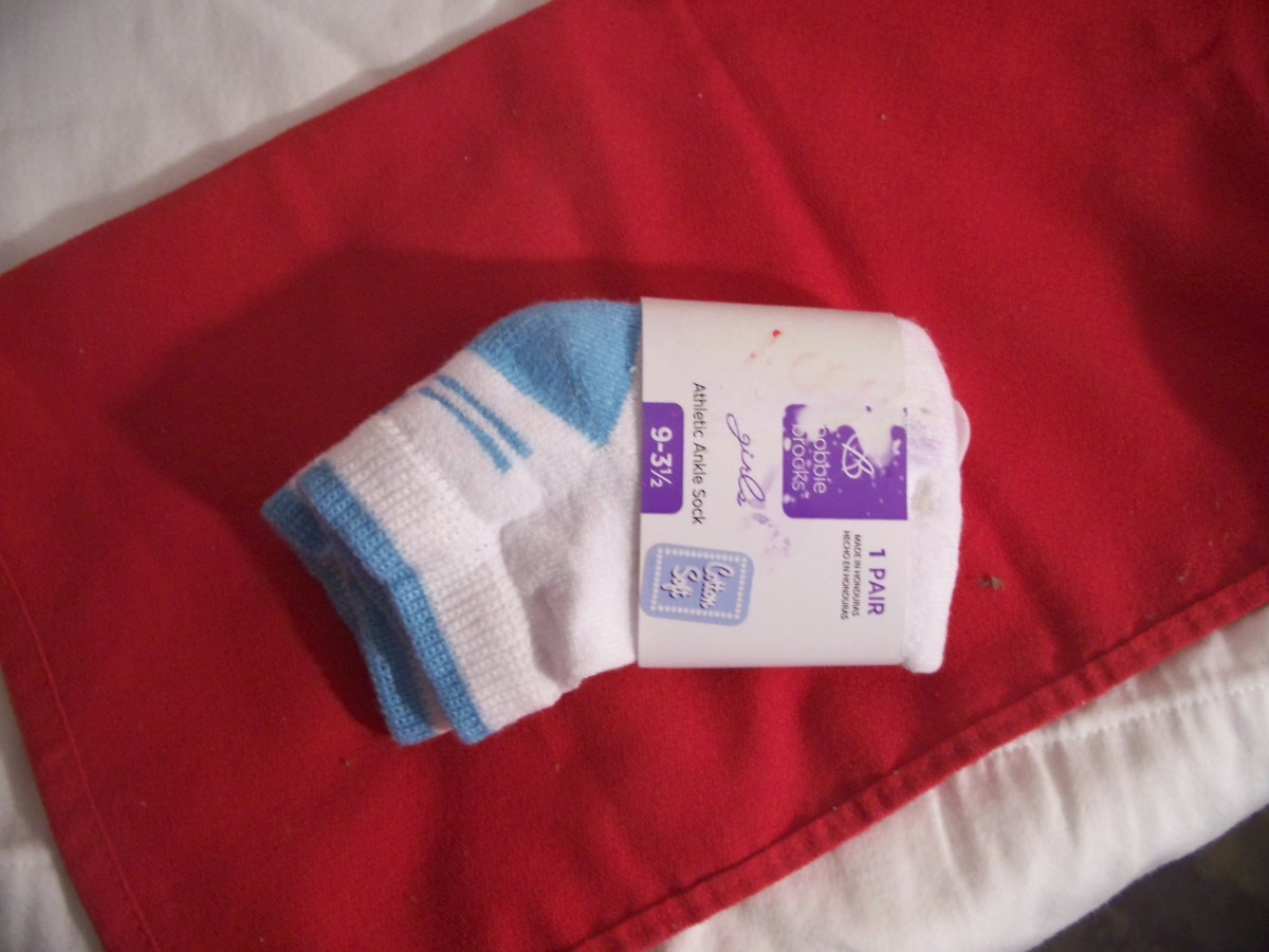 Bobbie Brooks Girls Athletic Ankle Sock 9-31/2White/Turquoise)