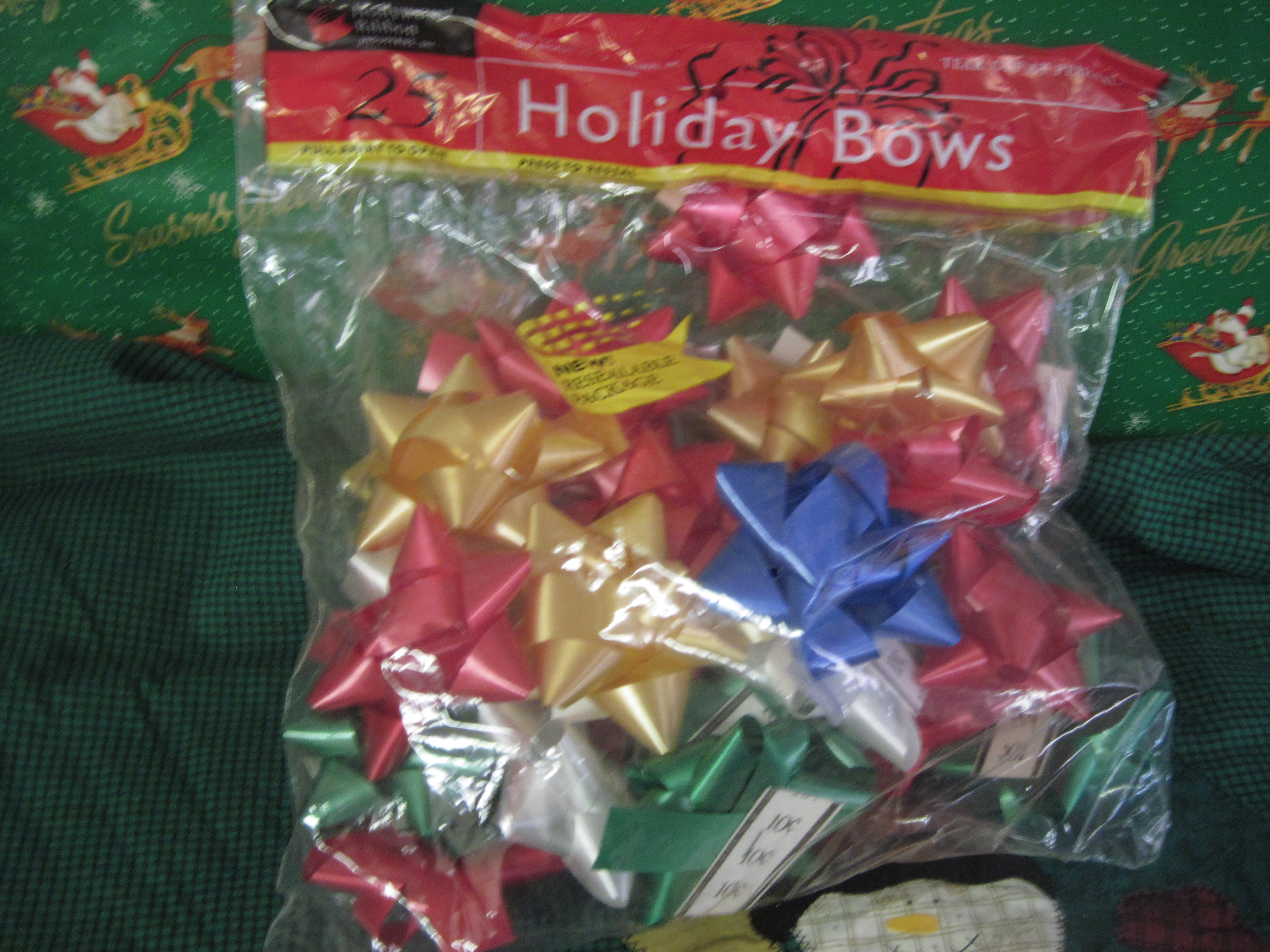 Bag of 25 Holiday Bows - Multi-Colored