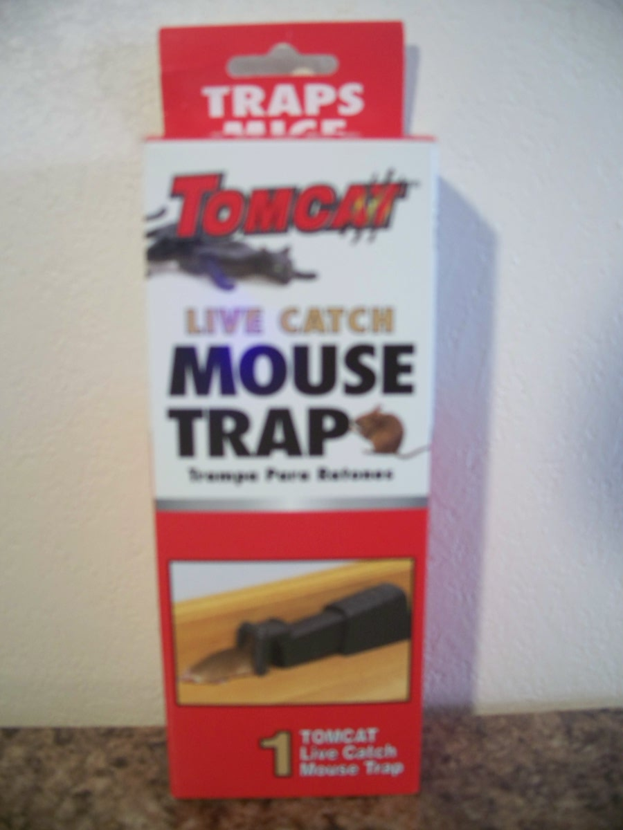 Tomcat (live catch mouse trap )