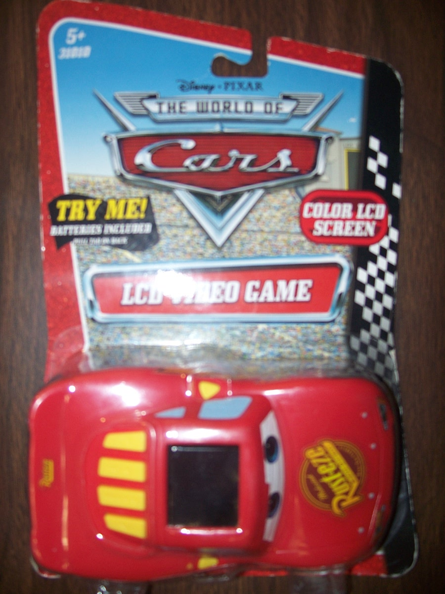 CARS LCD VIDEO GAME (Lighten McQueen)