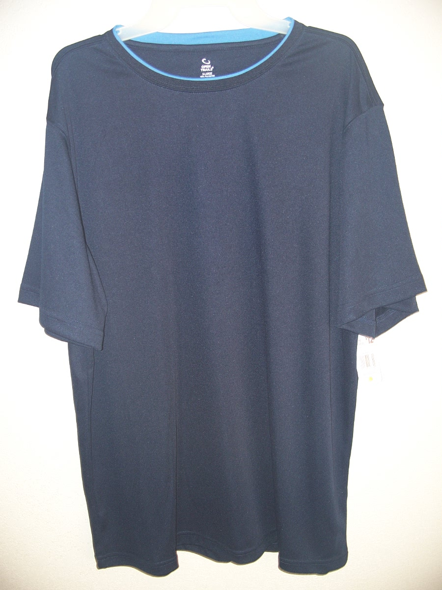 Open Trails Sz XL Dark Blue with Light Blue around the collar