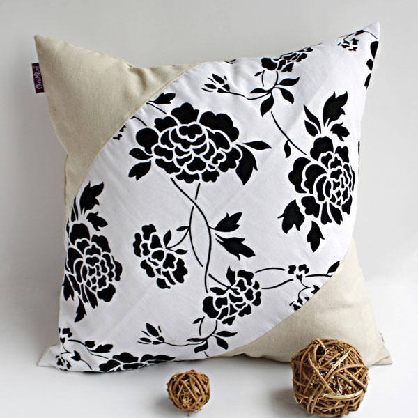 Onitiva - [Floral World] Linen Stylish Patch Work Pillow Cushion