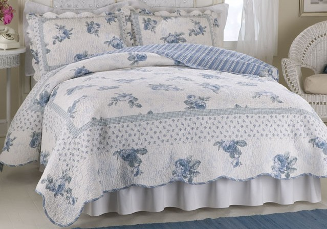 Rose Blossom Blue Full / Queen Quilt