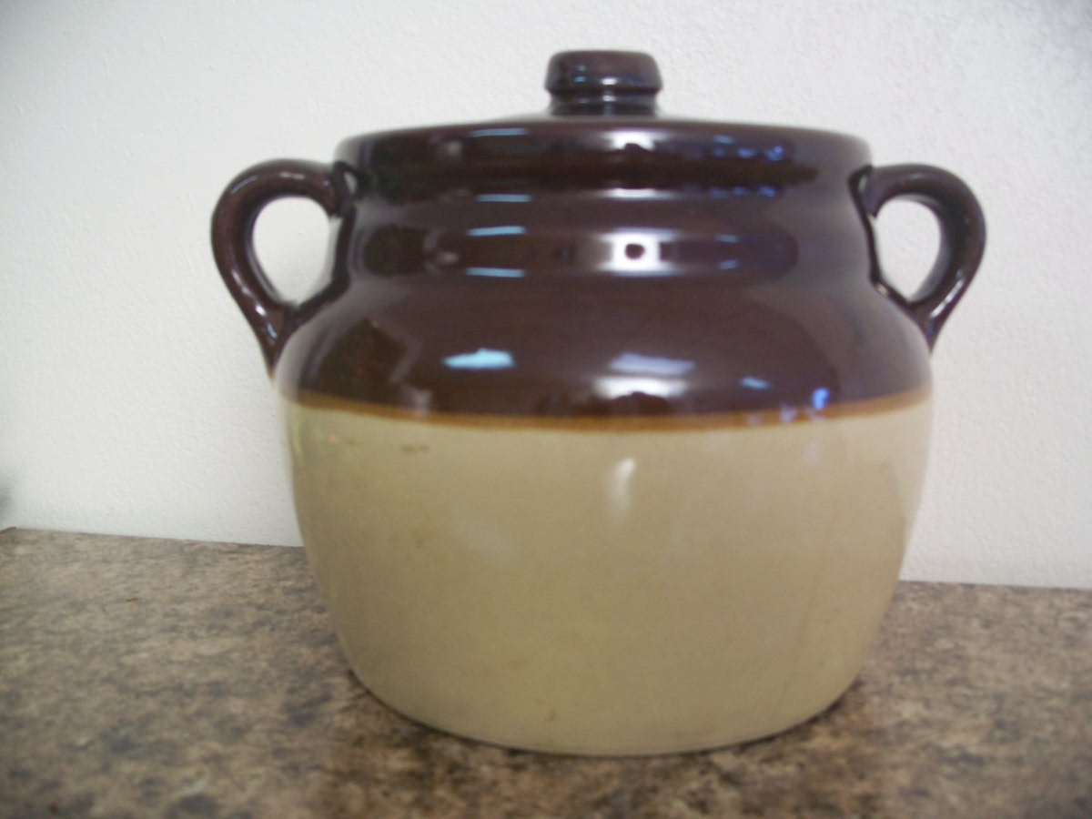 Vintage, Atique, Collectable USA Bean Pot 3 Color / Tone Crock