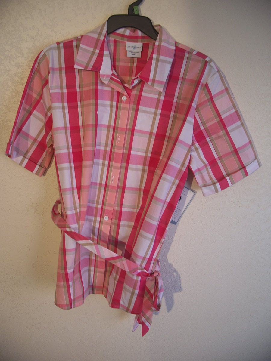 Jaclyn Smith Sz Lg Belted Plaid Top