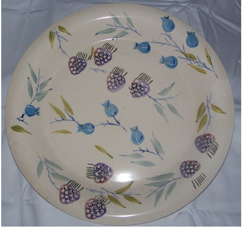Berry Plate Design Dinnerware Setting 1pc