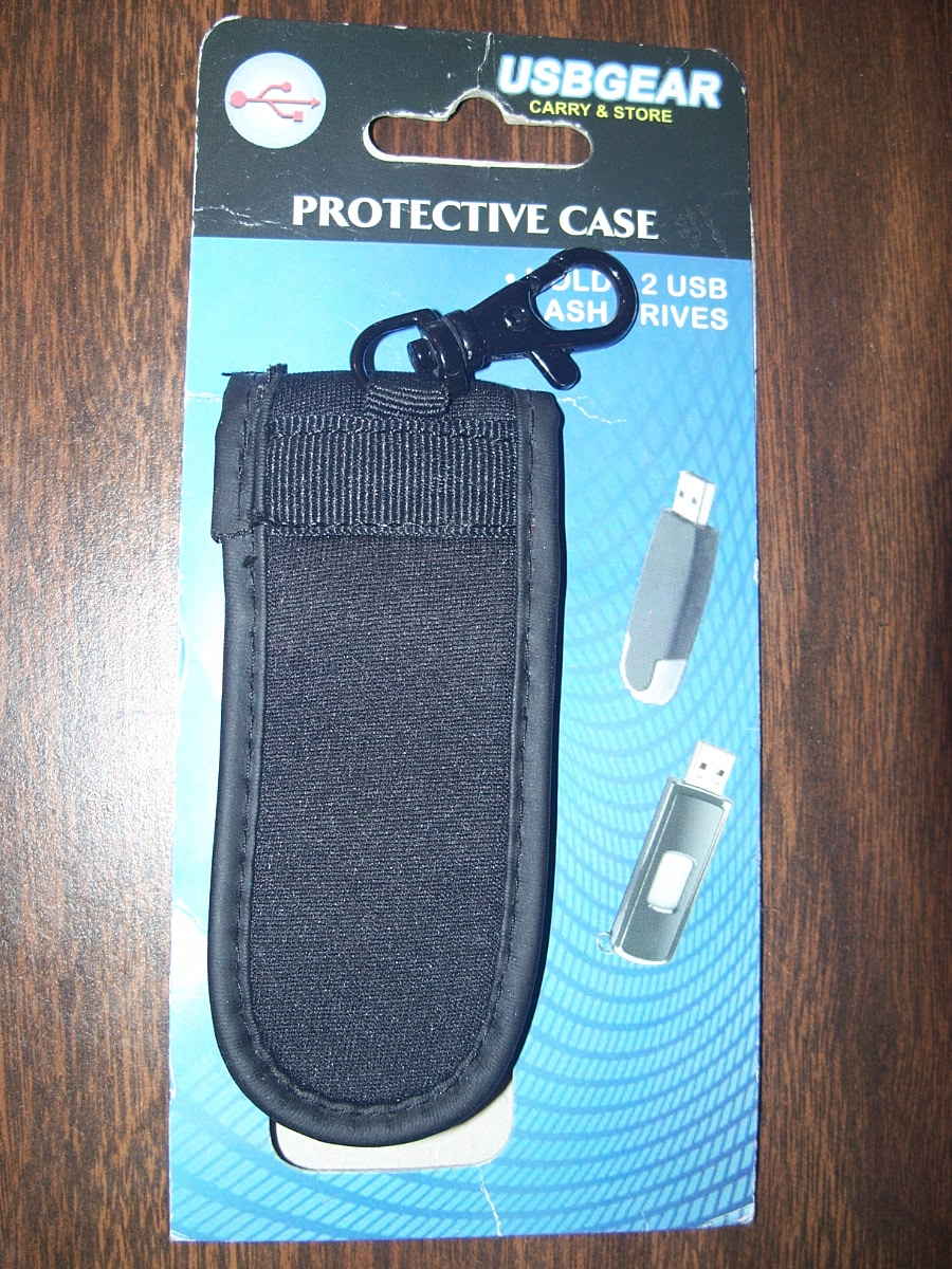 Protective case for flash drives