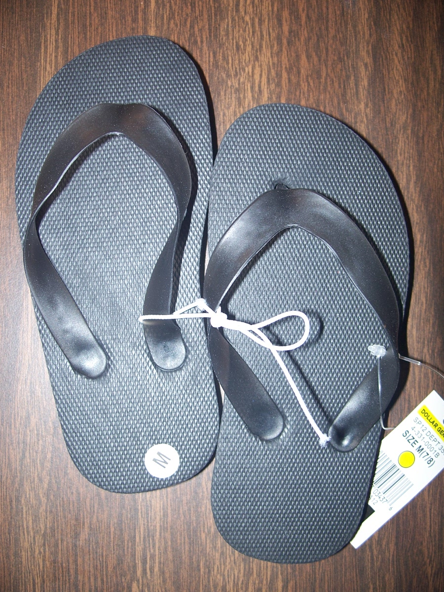 Flip Flops Sz Medium 7/8 Plain (black)