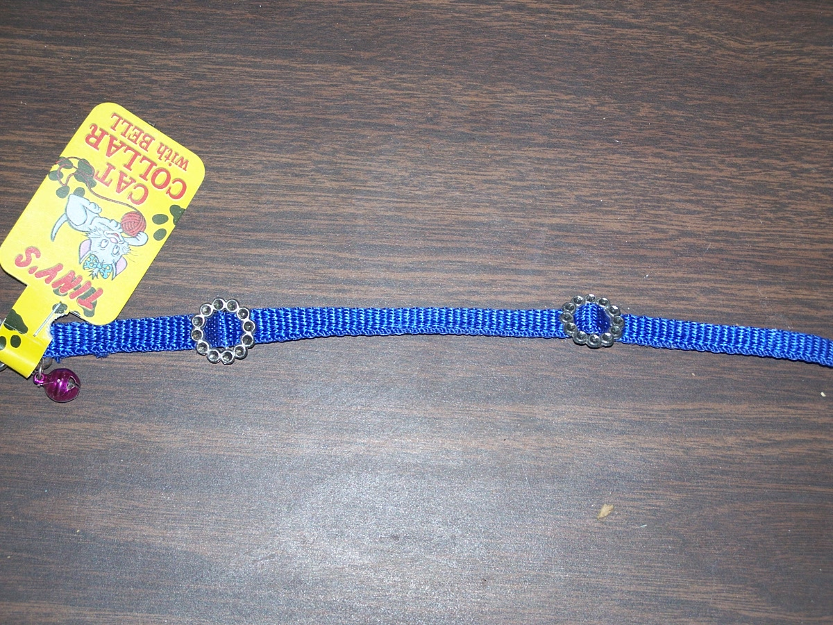 Tiny's Cat Collar with Bell (blue)