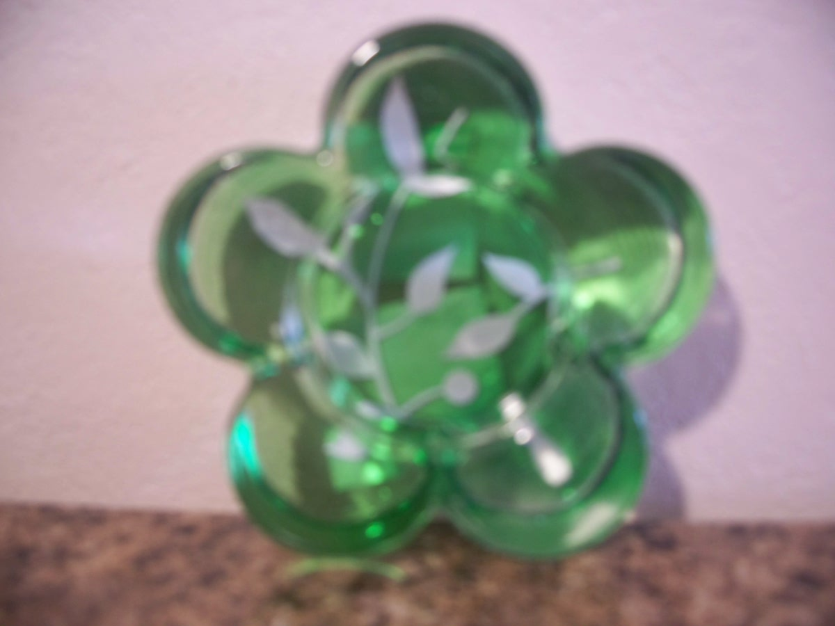 Candle Holder (green flower)
