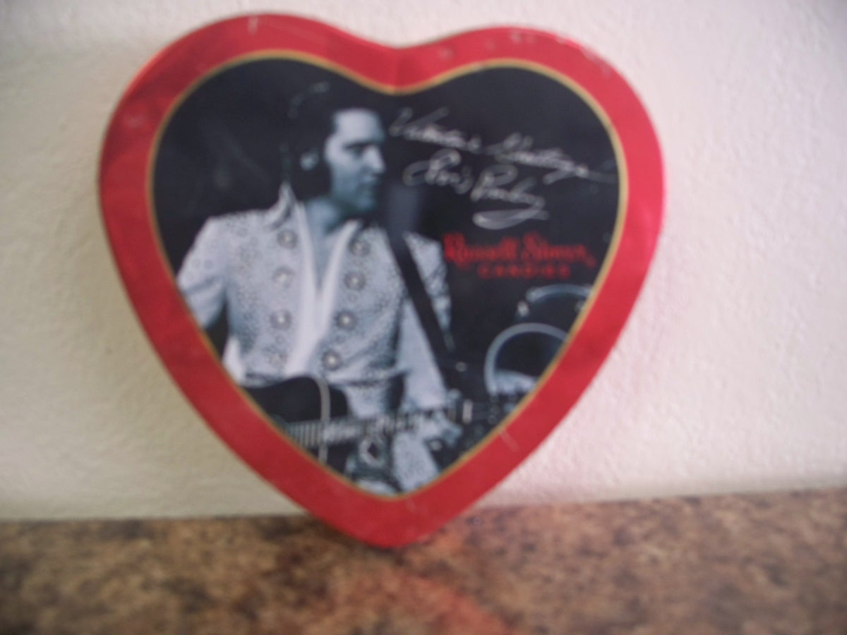 Vintage Collectable Elvis Russel Stover Valentine Tin