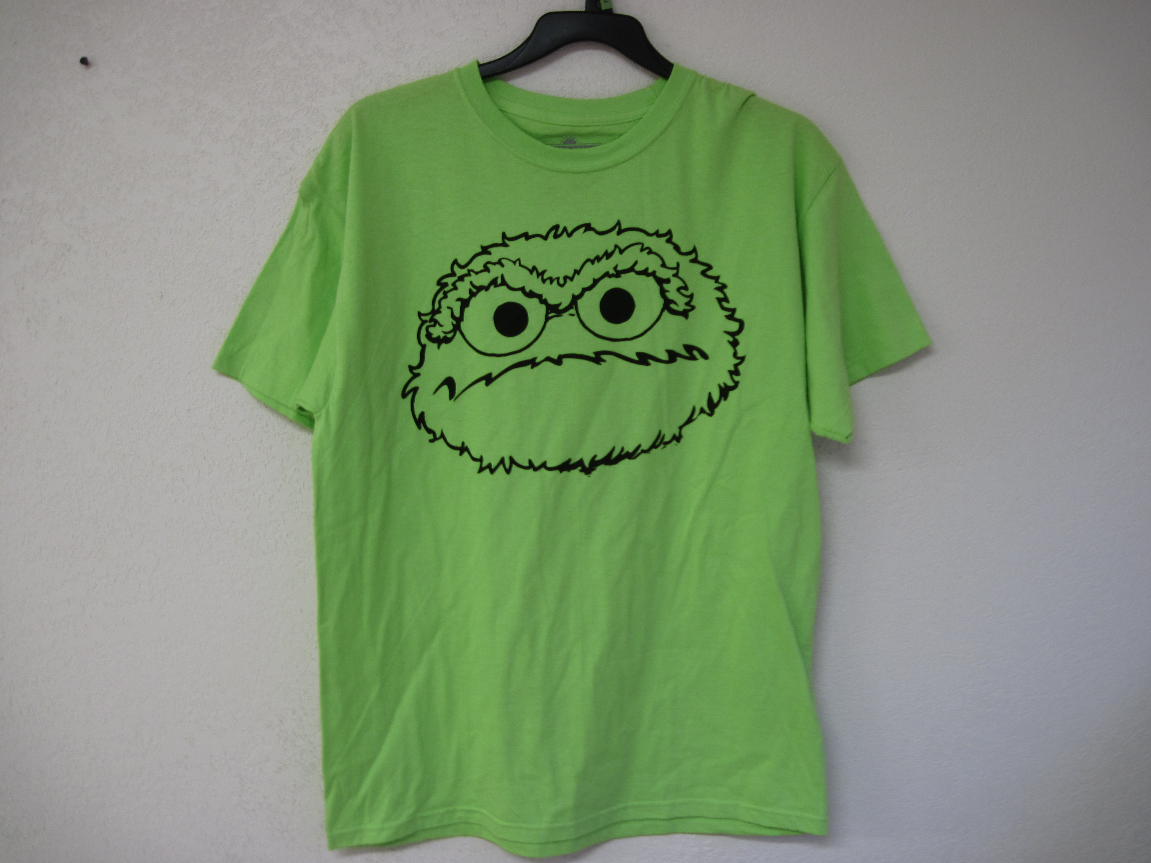Cookie Monster Graphic Screen Shirt (lime green) Sz Lg. Junior