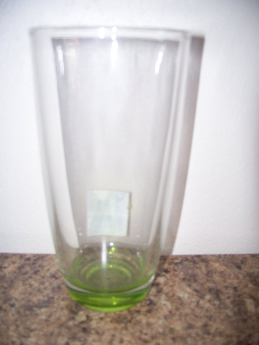 Drinking glass (green )