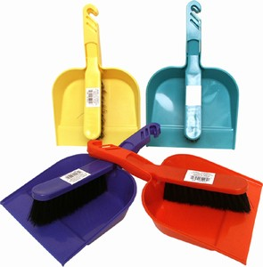Plastic - Dust Pan & Hand Broom