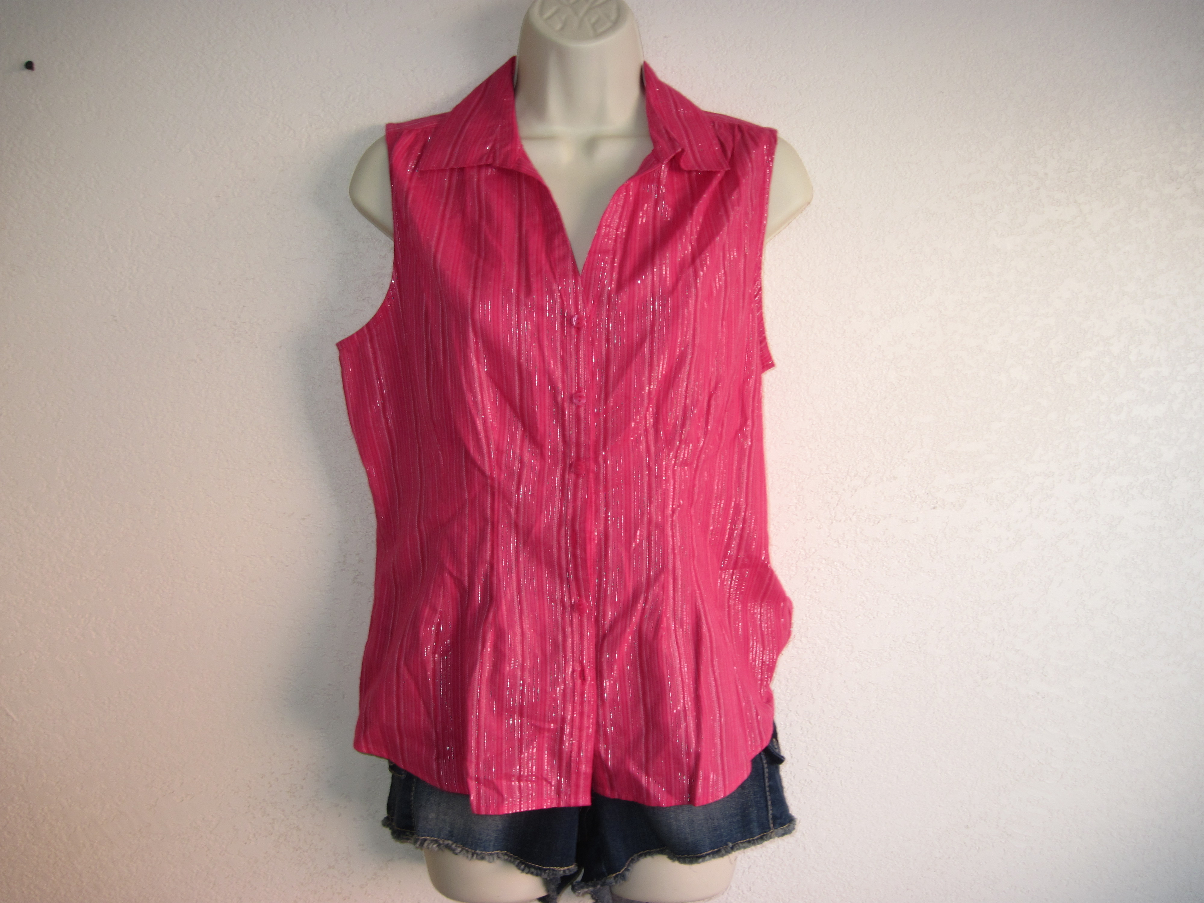 Jaclyn Smith Sz S Womens Shirt Pink & Silver