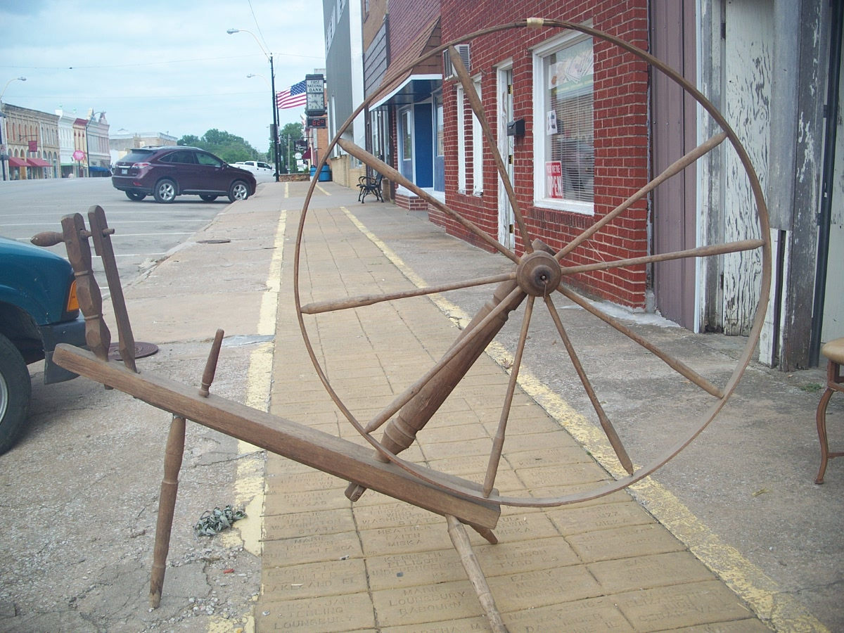 Large Antique Spinning Wheel Very Old Vintage
