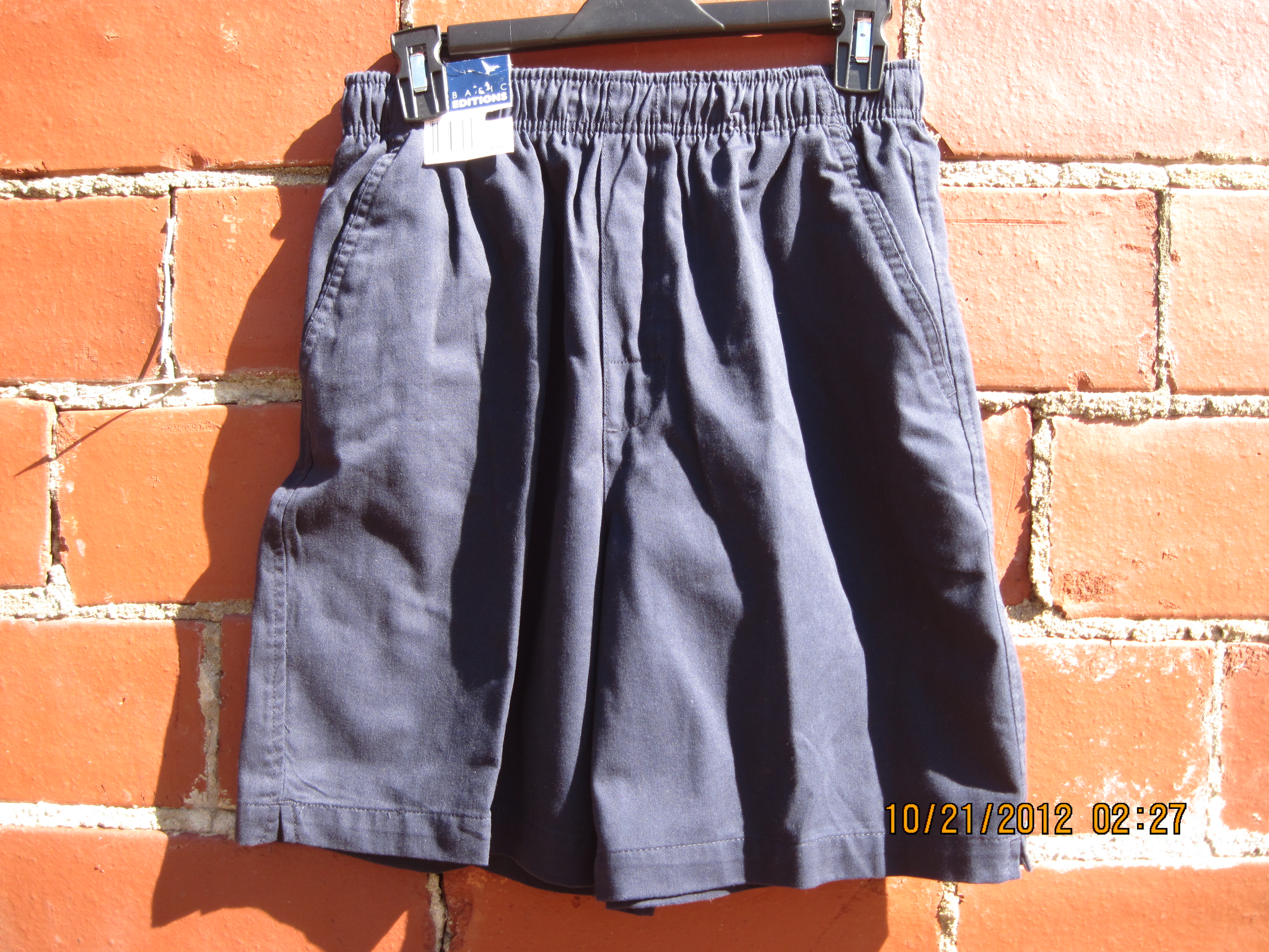 Basic Editions Sz XL Casual Shorts (navy blue)