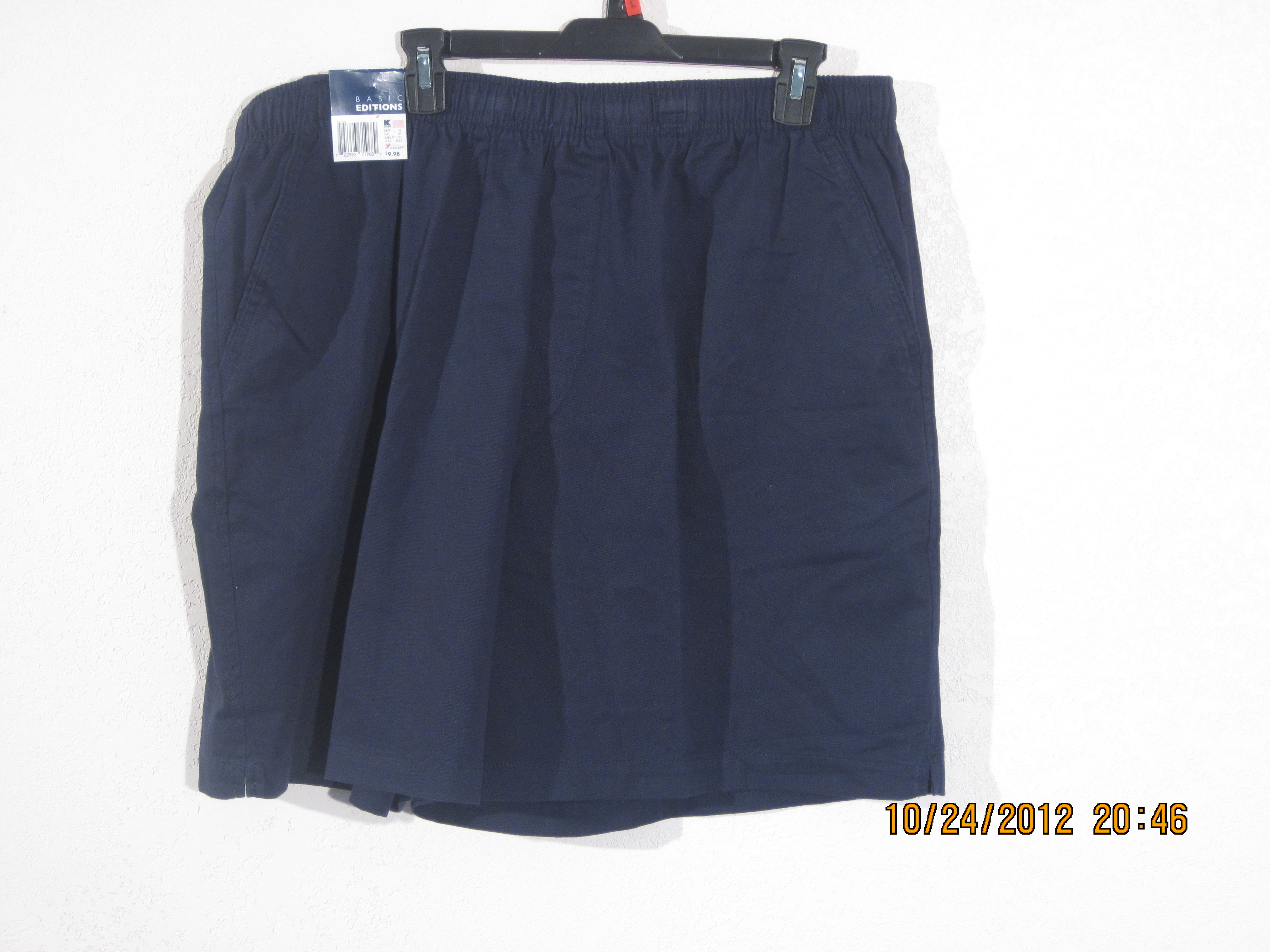 Basic Editions Sz M Casual Shorts (navy blue)