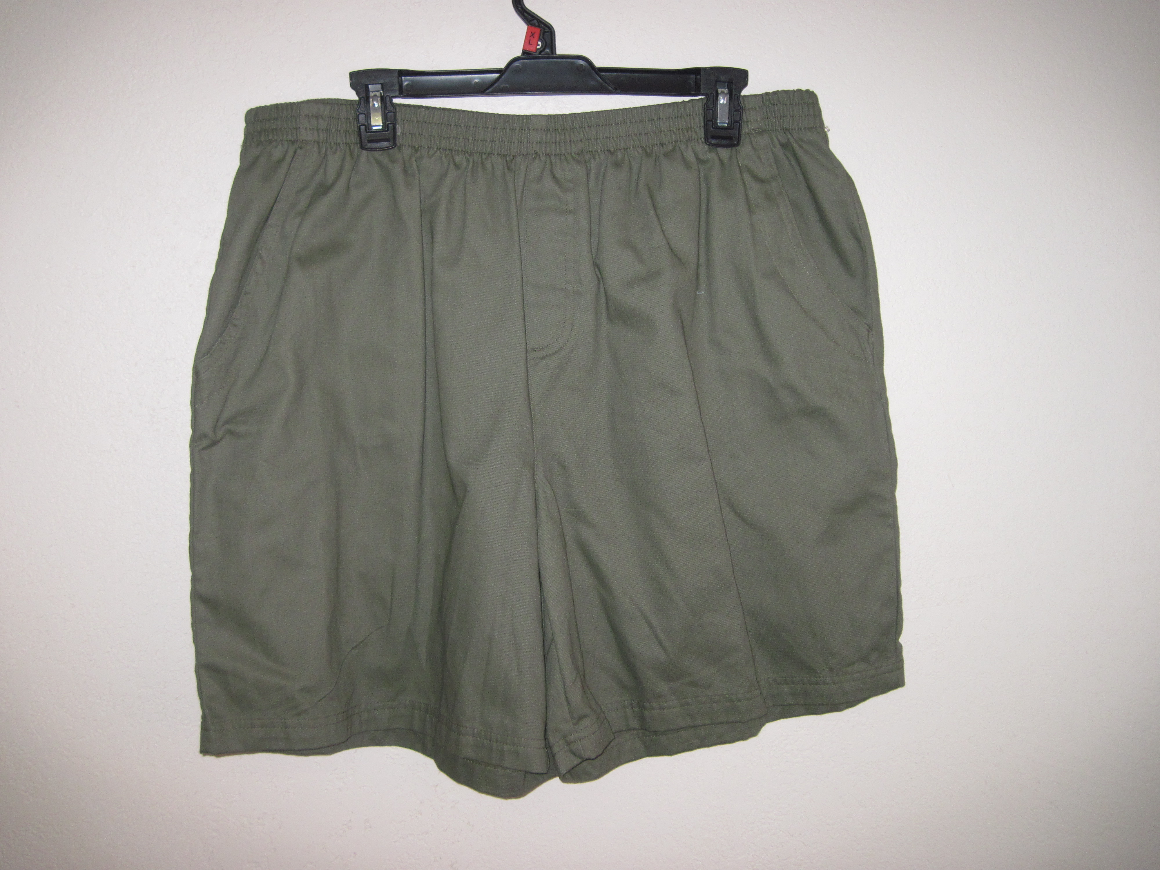 Basic Editions Sz XL Pull On Twill Shorts ( olive green)