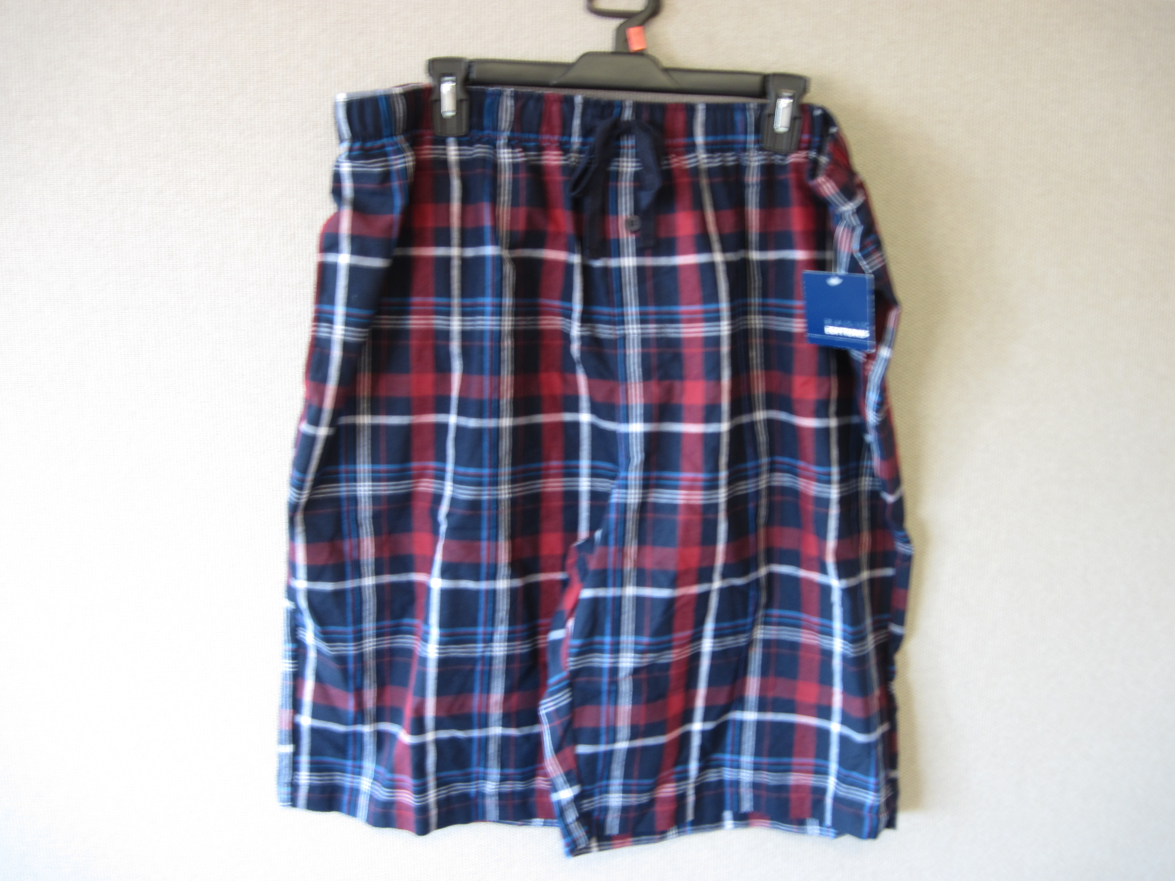 Basic Editions Sz XL Sleep Shorts (plaid, reds,blues & black)