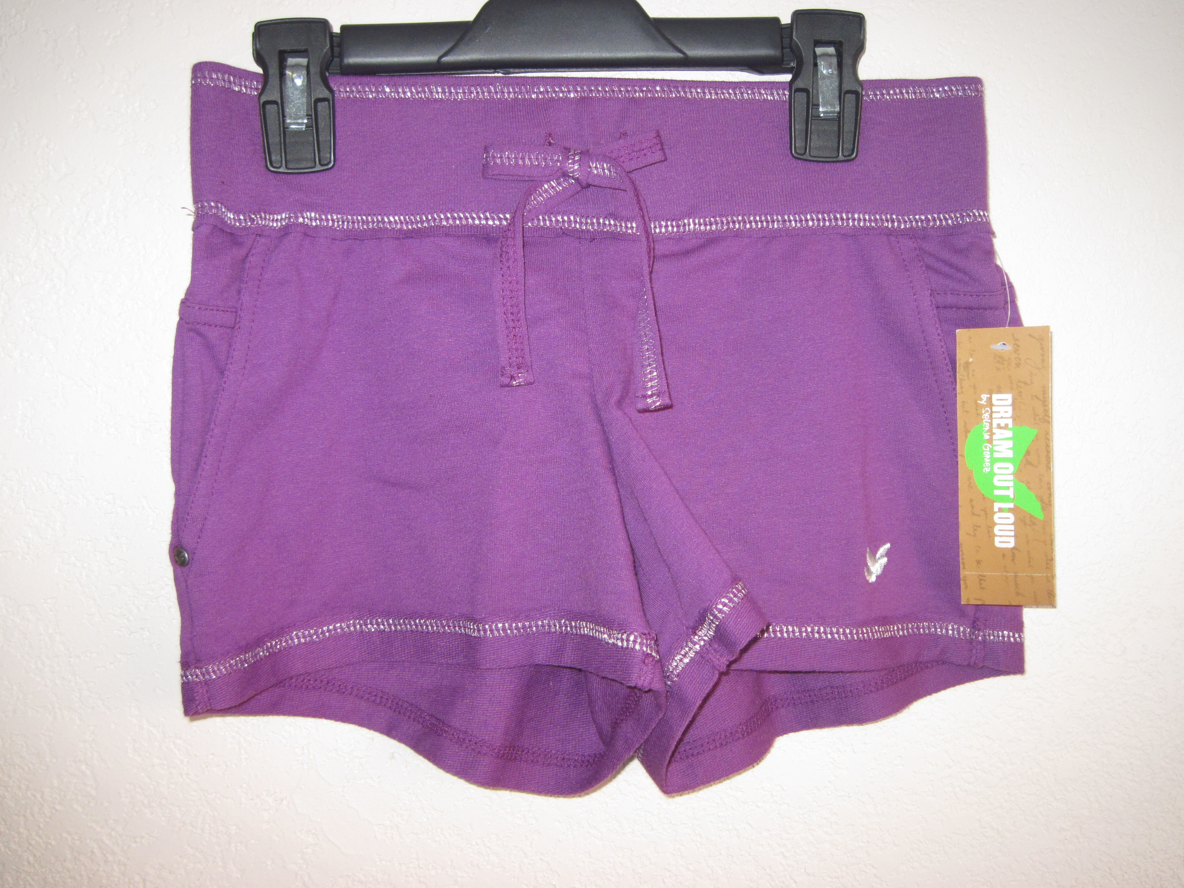 Dream Out Loud by Selena Gomez Sz Small Relaxing Shorts(purple)