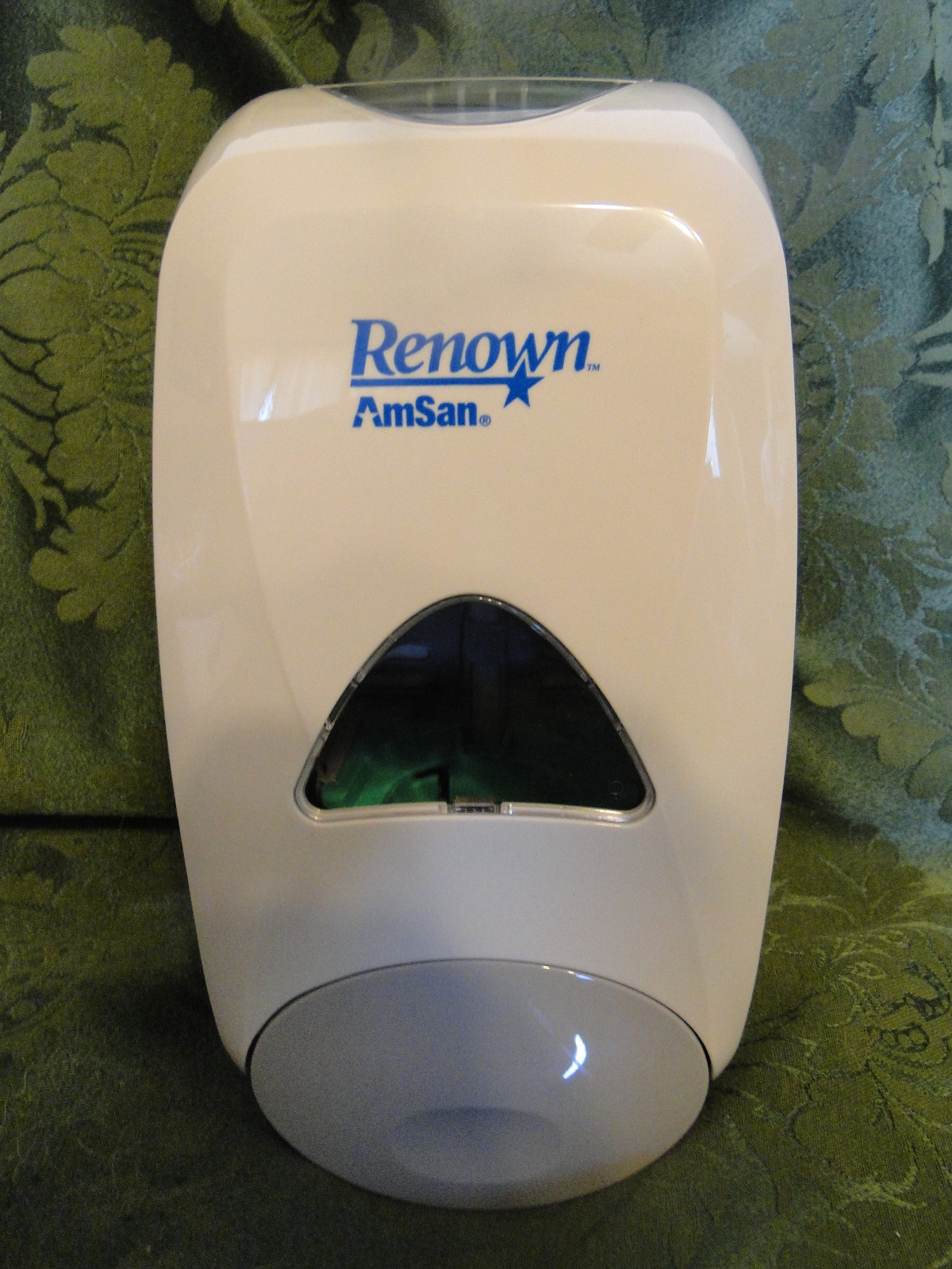 Renown ( AmSan ) Soap Dispenser Wall Mountable