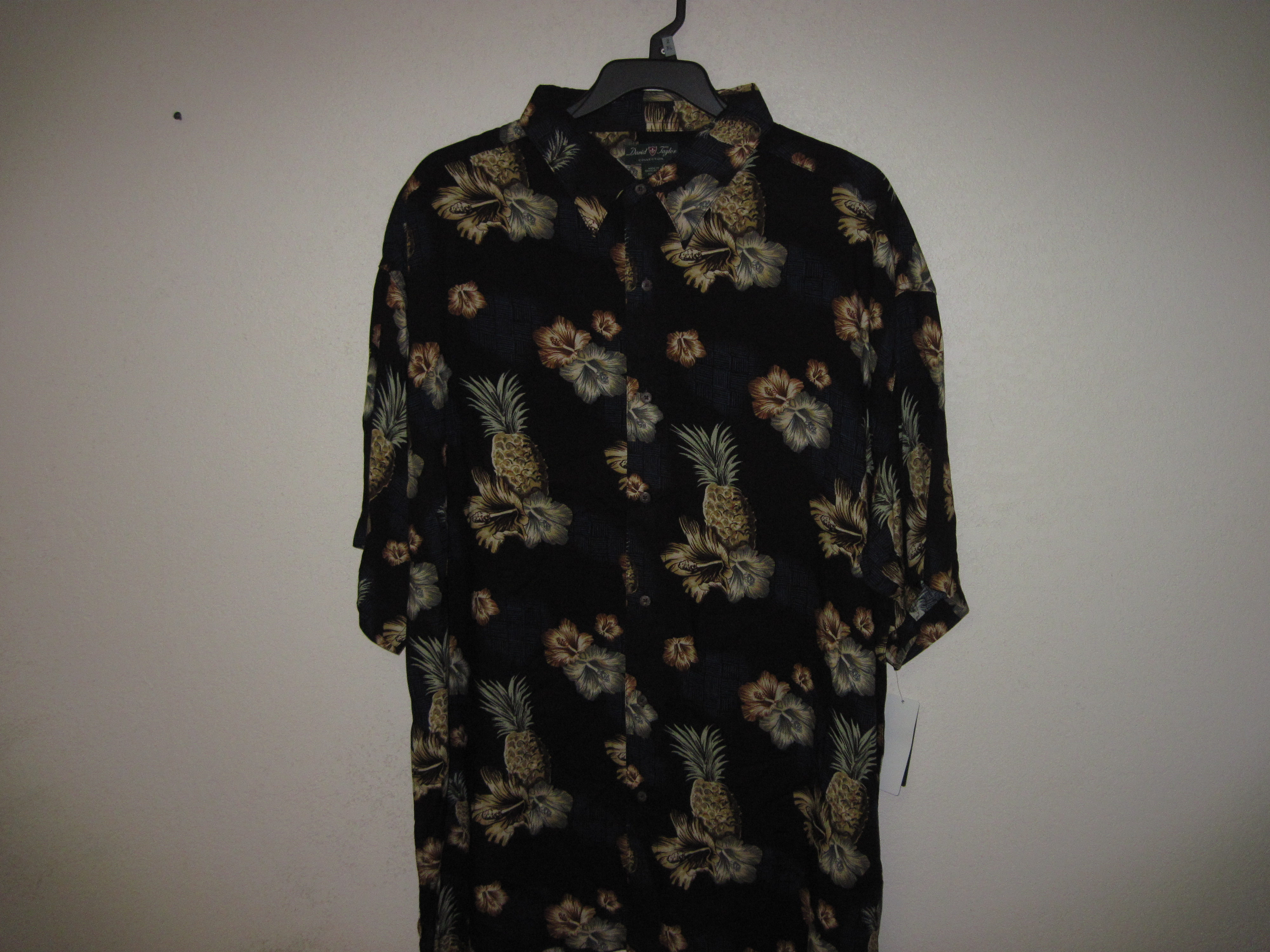 David Taylor Sz 2XL Mens Shirt with Pineapple