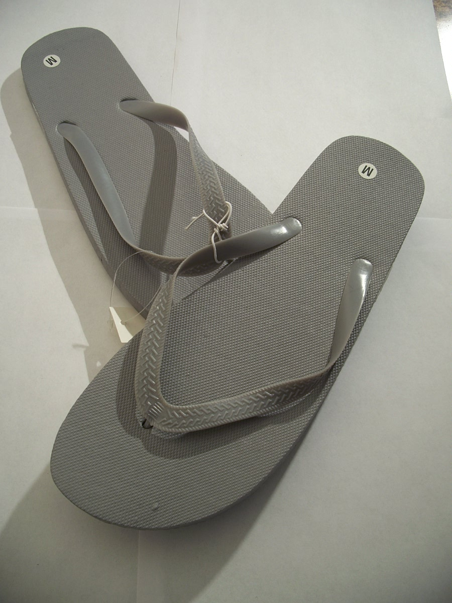 Flip Flops Gray Size Medium 10 / 11