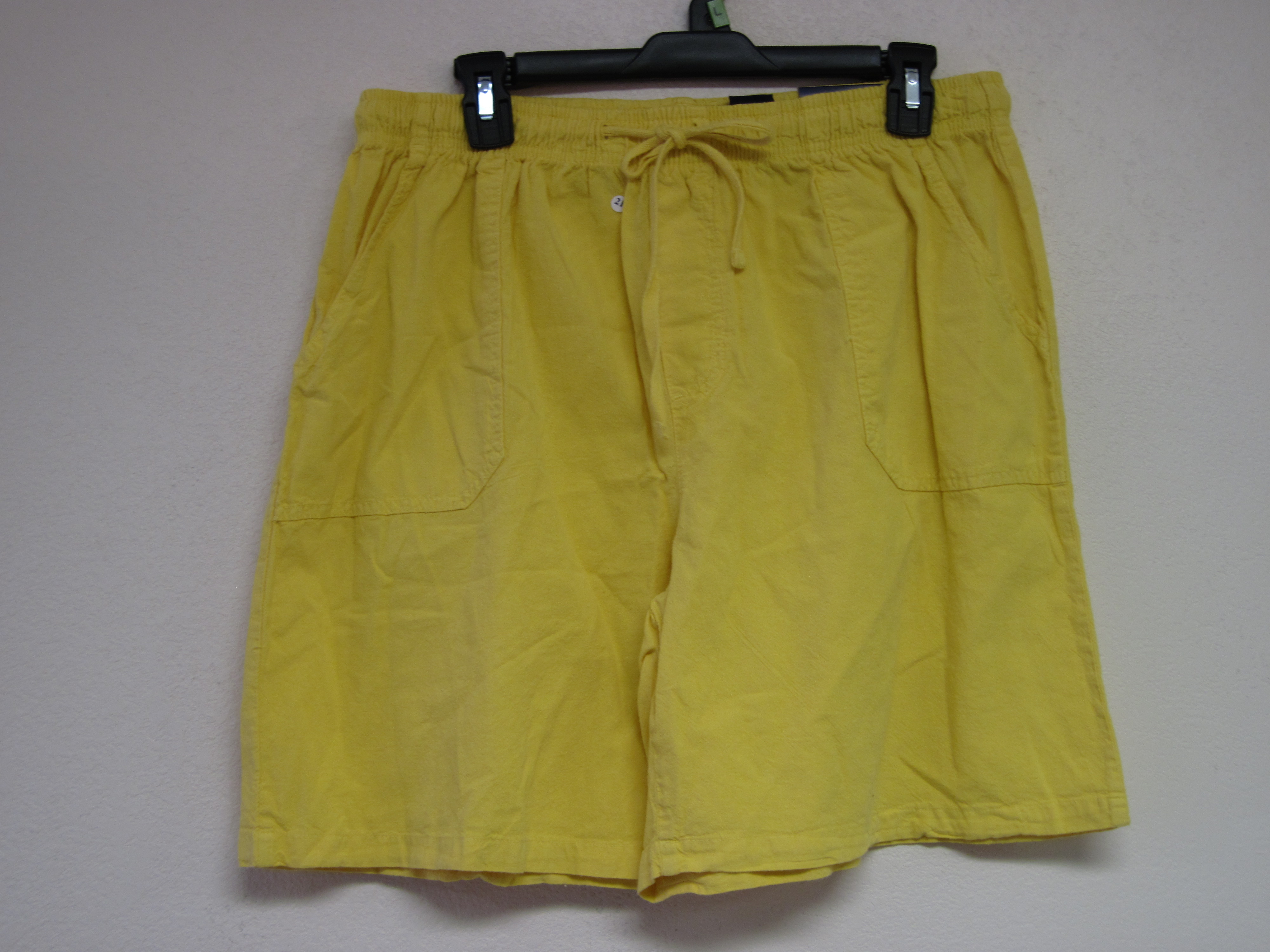 Basic Editions Sz L Relaxed Fit Shorts (Yellow)