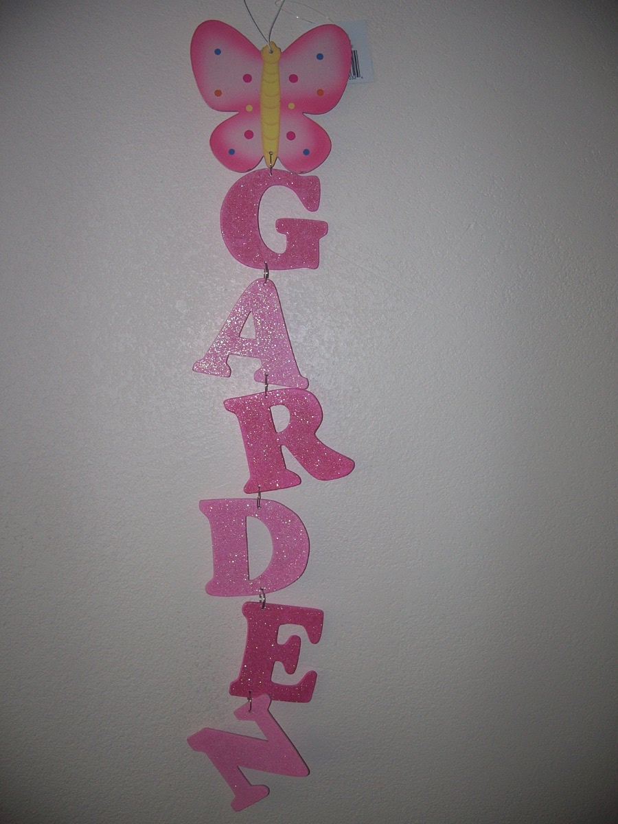 Wooden Garden Sign Yard Decore (Butterfly,Letters Pink)